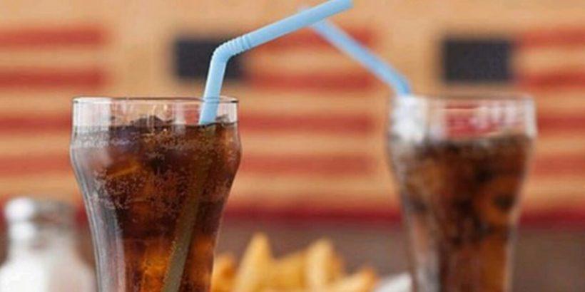Sử dụng nước ngọt làm tăng tỷ lệ mắc bệnh tiểu đường