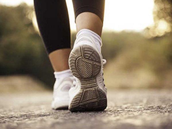 người bị tiểu đường nên đi bộ như thế nào thì tốt?
