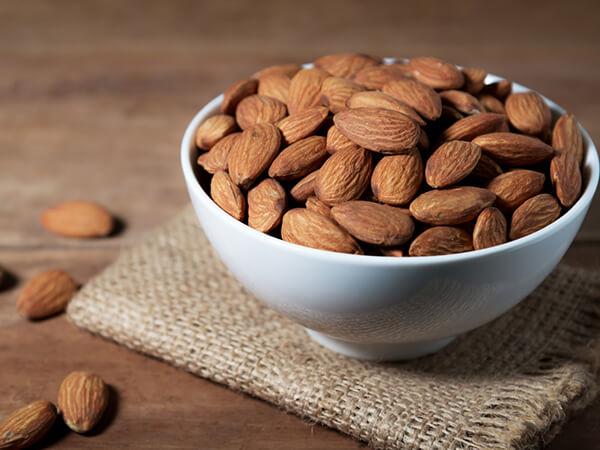 Hạnh nhân đồ ăn vặt cho người tiểu đường