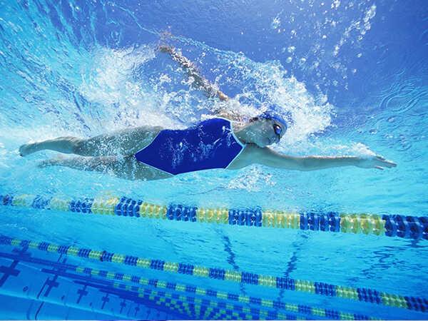 Bài tập thể dục cho người tiểu đường - Bơi lội