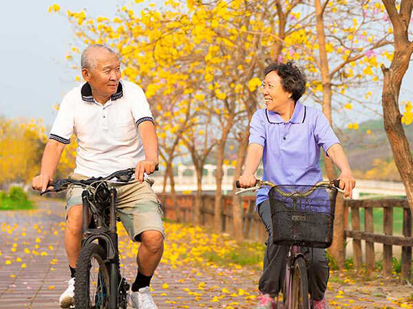 Bài tập thể dục cho người tiểu đường - đạp xe