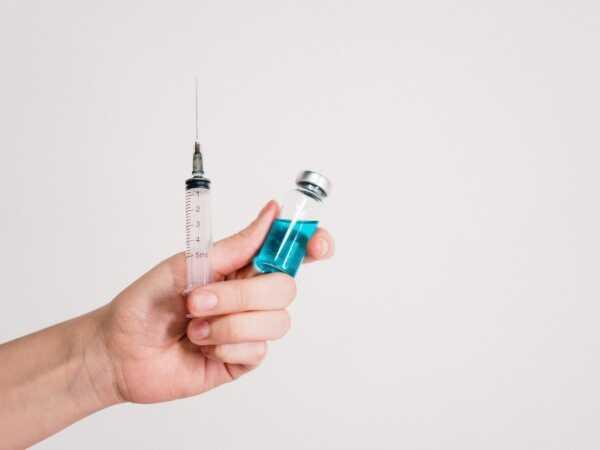 Chỉ chích insulin tại nhà dưới sự chỉ dẫn và đồng ý của bác sĩ điều trị