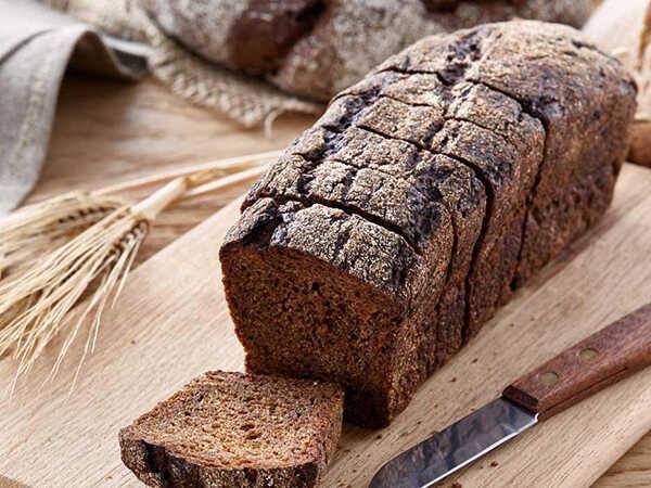 Bệnh tiểu đường có ăn được bánh mì không