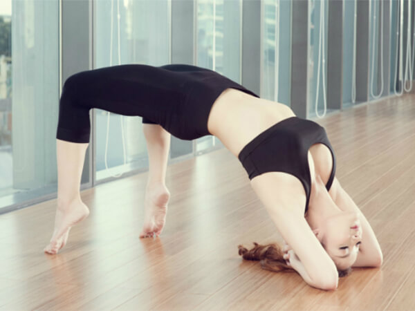 Yoga với tư thế cây cầu cho người tiểu đường