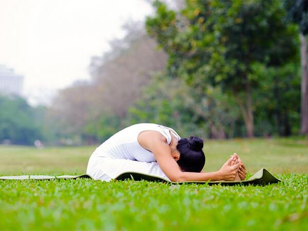 Tư thế yoga cái kẹp cho người tiểu đường