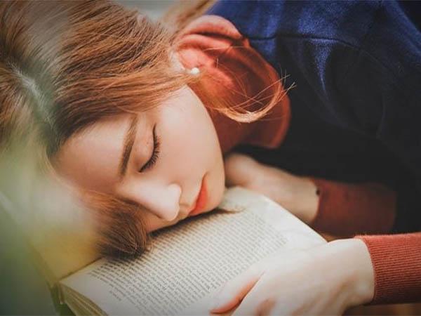 Nếu buồn ngủ sau khi ăn kéo dài có thể là dấu hiệu của bệnh tật