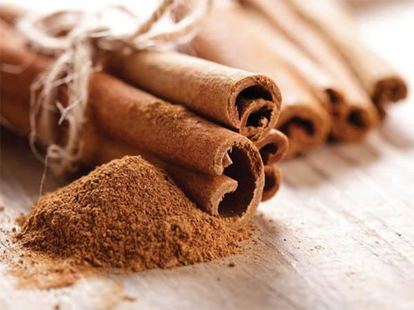 Dùng làm bột quế làm gia vị cho các món ăn để chữa tiểu đường