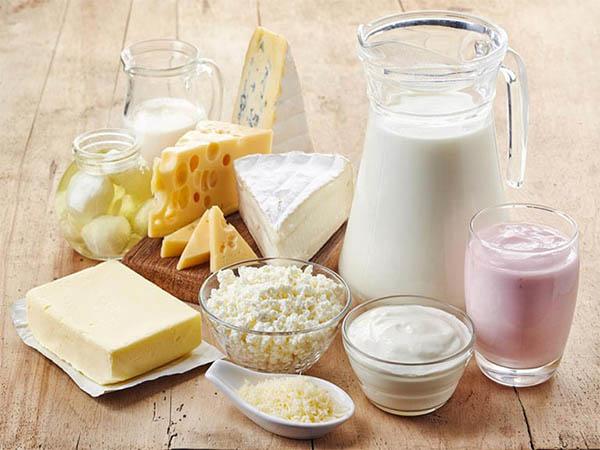 Sữa và các sản phẩm làm từ sữa là những thực phẩm giúp cai thuốc lá rất tốt