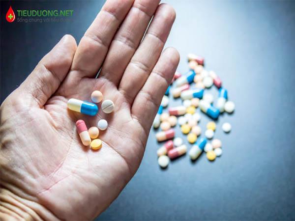 Những tác dụng phụ khi dùng thuốc Janumet?