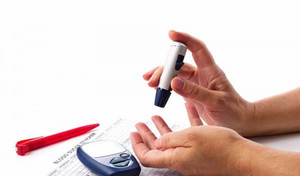 đẩy mạnh hiệu quả việc tự đo đường huyết