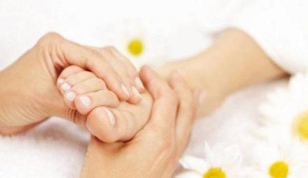 Cách tuần hoàn máu đến bàn chân ở người bệnh tiểu đường